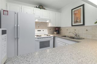 """Photo 8: 9891 MILLBROOK Lane in Burnaby: Cariboo Townhouse for sale in """"VILLAGE DEL PONTE"""" (Burnaby North)  : MLS®# R2419462"""