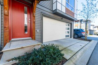 Photo 2: 32 8508 204 Street in Langley: Willoughby Heights Townhouse for sale : MLS®# R2561287