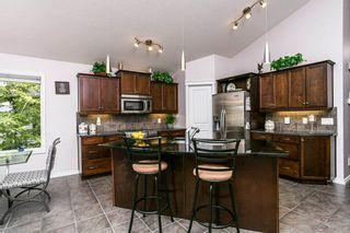 Photo 3: 2822 TERWILLEGAR Wynd in Edmonton: Zone 14 House for sale : MLS®# E4226962