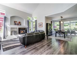 Photo 4: 15517 ROSEMARY HEIGHTS Crescent in Surrey: Morgan Creek House for sale (South Surrey White Rock)  : MLS®# R2615728
