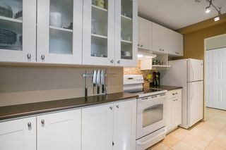 "Photo 4: 307 131 W 4TH Street in North Vancouver: Lower Lonsdale Condo for sale in ""NOTTINGHAM PLACE"" : MLS®# R2135038"