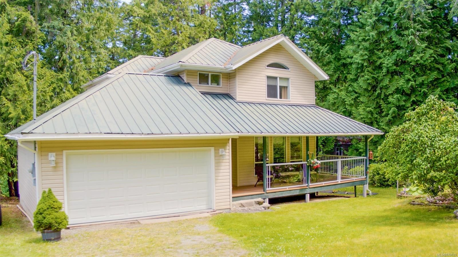 Main Photo: 4608 Ketch Rd in : GI Pender Island House for sale (Gulf Islands)  : MLS®# 878639