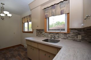 Photo 5: 325 Greene Avenue in Winnipeg: East Kildonan Residential for sale (3D)  : MLS®# 202023383