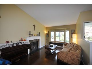 Photo 3: 890 PORTEAU PL in North Vancouver: Roche Point House for sale : MLS®# V1041952