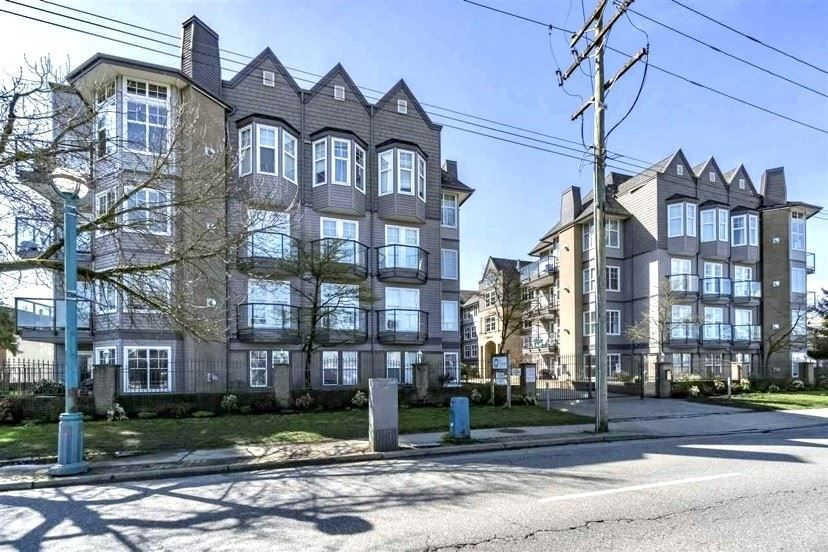 "Main Photo: 110 20200 56 Avenue in Langley: Langley City Condo for sale in ""THE BENTLEY"" : MLS®# R2515382"