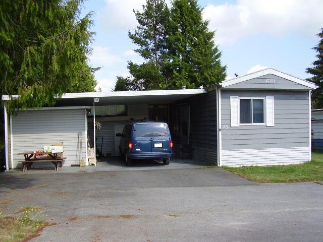 mobile home exterior
