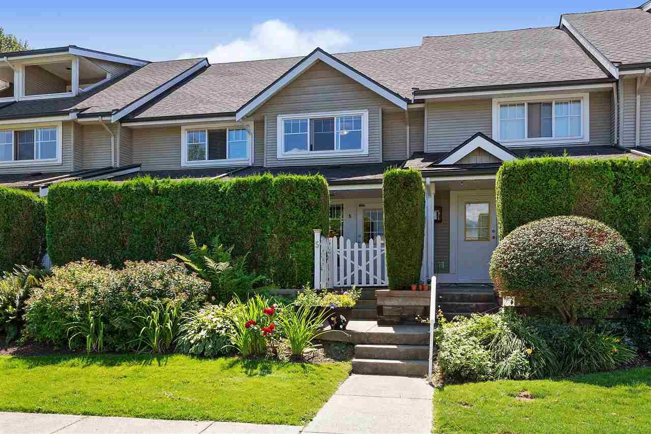 """Main Photo: 5 2927 FREMONT Street in Port Coquitlam: Riverwood Townhouse for sale in """"Riverside Terrace"""" : MLS®# R2483855"""