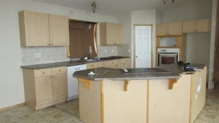 """Photo 2: 13389 DONIS Road: Charlie Lake Manufactured Home for sale in """"CHARLIE LAKE"""" (Fort St. John (Zone 60))  : MLS®# R2441344"""