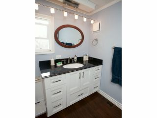 """Photo 10: 213 3665 244TH Street in Langley: Otter District Manufactured Home for sale in """"Langley Grove Estates"""" : MLS®# F1407635"""