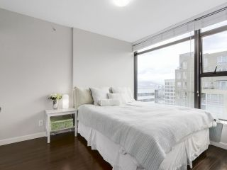 """Photo 9: 1001 1068 W BROADWAY in Vancouver: Fairview VW Condo for sale in """"The Zone"""" (Vancouver West)  : MLS®# R2148292"""