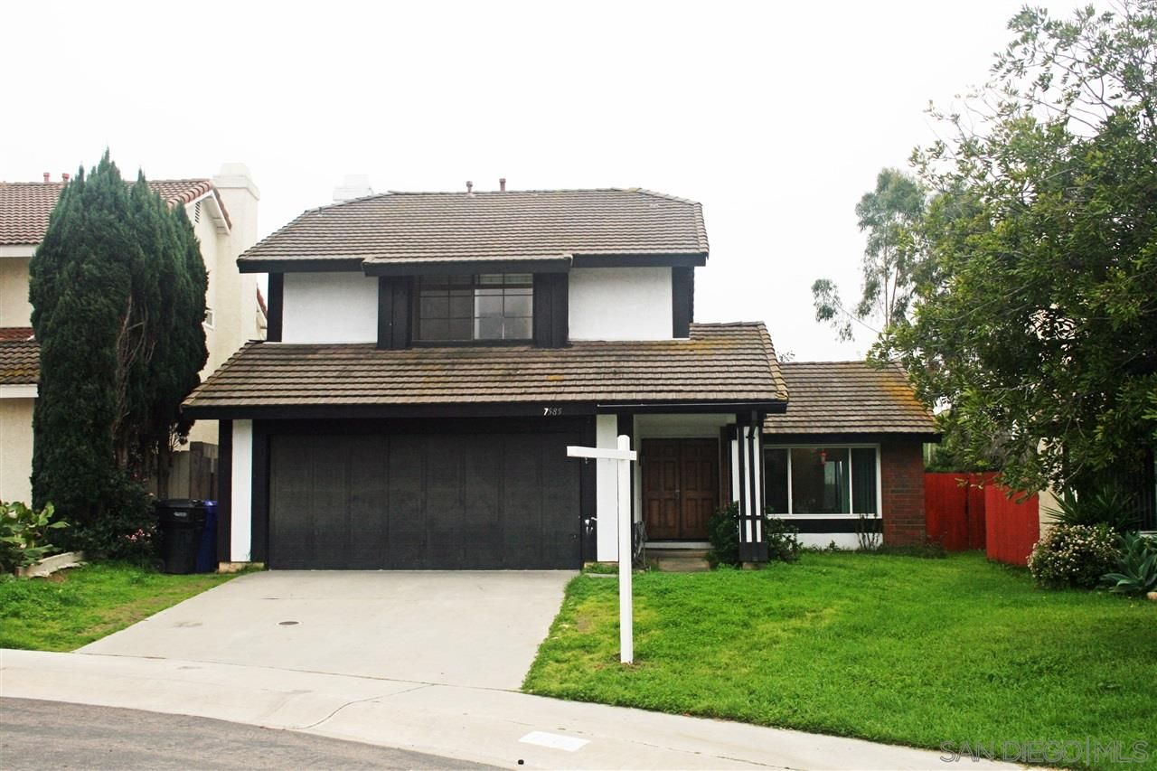 Main Photo: MIRA MESA House for sale : 4 bedrooms : 7585 Tupelo in San Diego