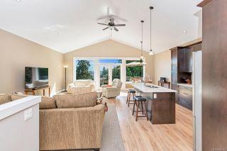Photo 8: 2984 Phillips Rd in : Du West Duncan House for sale (Duncan)  : MLS®# 852112