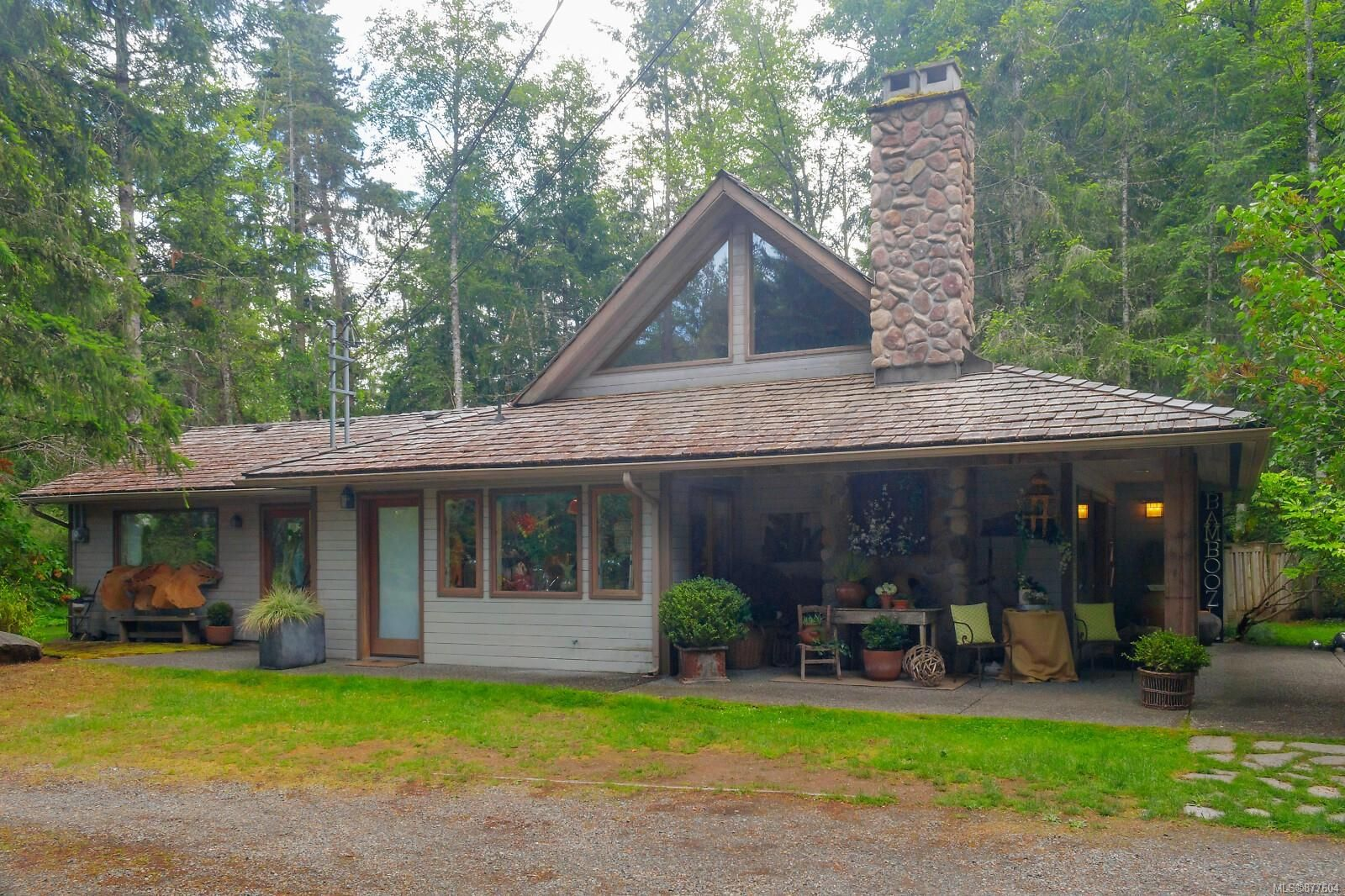 Main Photo: 774 Shawn Rd in : PQ Errington/Coombs/Hilliers House for sale (Parksville/Qualicum)  : MLS®# 877604