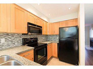 """Photo 2: 30 795 W 8TH Avenue in Vancouver: Fairview VW Townhouse for sale in """"DOVER POINTE"""" (Vancouver West)  : MLS®# V1002924"""