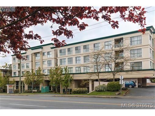 Main Photo: 403 3460 Quadra St in VICTORIA: SE Quadra Condo for sale (Saanich East)  : MLS®# 756225