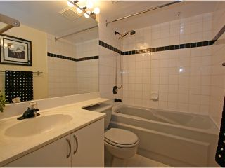 """Photo 15: 101 1990 COQUITLAM Avenue in Port Coquitlam: Glenwood PQ Condo for sale in """"THE RICHFIELD"""" : MLS®# V913956"""