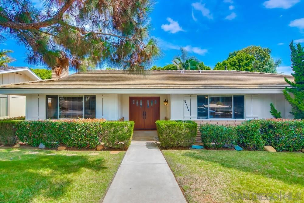 Main Photo: POINT LOMA House for sale : 4 bedrooms : 3714 Cedarbrae Ln in San Diego