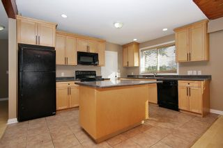 Photo 5: 9298 CARLETON Street in Chilliwack: Chilliwack E Young-Yale House for sale : MLS®# R2322358
