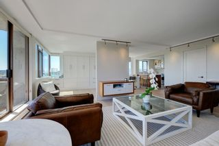 "Photo 5: 1106 2445 W 3RD Avenue in Vancouver: Kitsilano Condo for sale in ""Carriage House"" (Vancouver West)  : MLS®# R2163748"