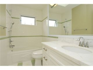 """Photo 5: 3293 E 18TH Avenue in Vancouver: Renfrew Heights House for sale in """"RENFREW HEIGHTS"""" (Vancouver East)  : MLS®# V973611"""