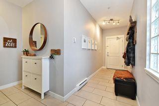 """Photo 3: 204 33545 RAINBOW Avenue in Abbotsford: Central Abbotsford Condo for sale in """"Tempo"""" : MLS®# R2606221"""