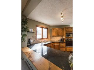 Photo 11: 5947 COACH HILL Road SW in Calgary: Coach Hill House for sale : MLS®# C4056970
