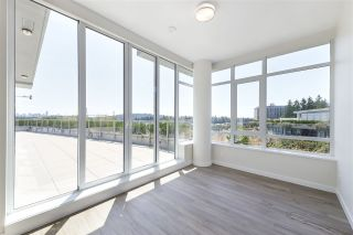 """Photo 13: 702 768 ARTHUR ERICKSON Place in West Vancouver: Park Royal Condo for sale in """"EVELYN - Forest's Edge PENTHOUSE"""" : MLS®# R2549644"""
