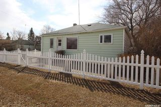 Photo 2: 317 2nd Avenue East in Watrous: Residential for sale : MLS®# SK868227
