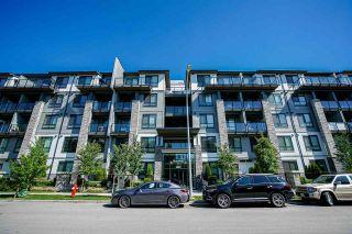 Photo 1: 109 15351 101 Avenue in Surrey: Guildford Condo for sale (North Surrey)  : MLS®# R2584287