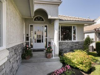 Photo 2: 33 PUMP HILL Landing SW in Calgary: Pump Hill House for sale : MLS®# C4133029