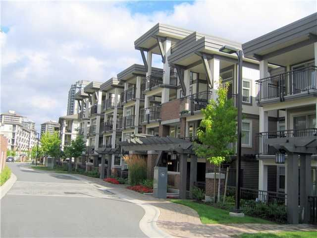 """Main Photo: 303 4728 BRENTWOOD Drive in Burnaby: Brentwood Park Condo for sale in """"VARLEY  - BRENTWOOD GATE"""" (Burnaby North)  : MLS®# V875159"""