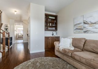Photo 3: 3809 14 Street SW in Calgary: Altadore Detached for sale : MLS®# A1109048