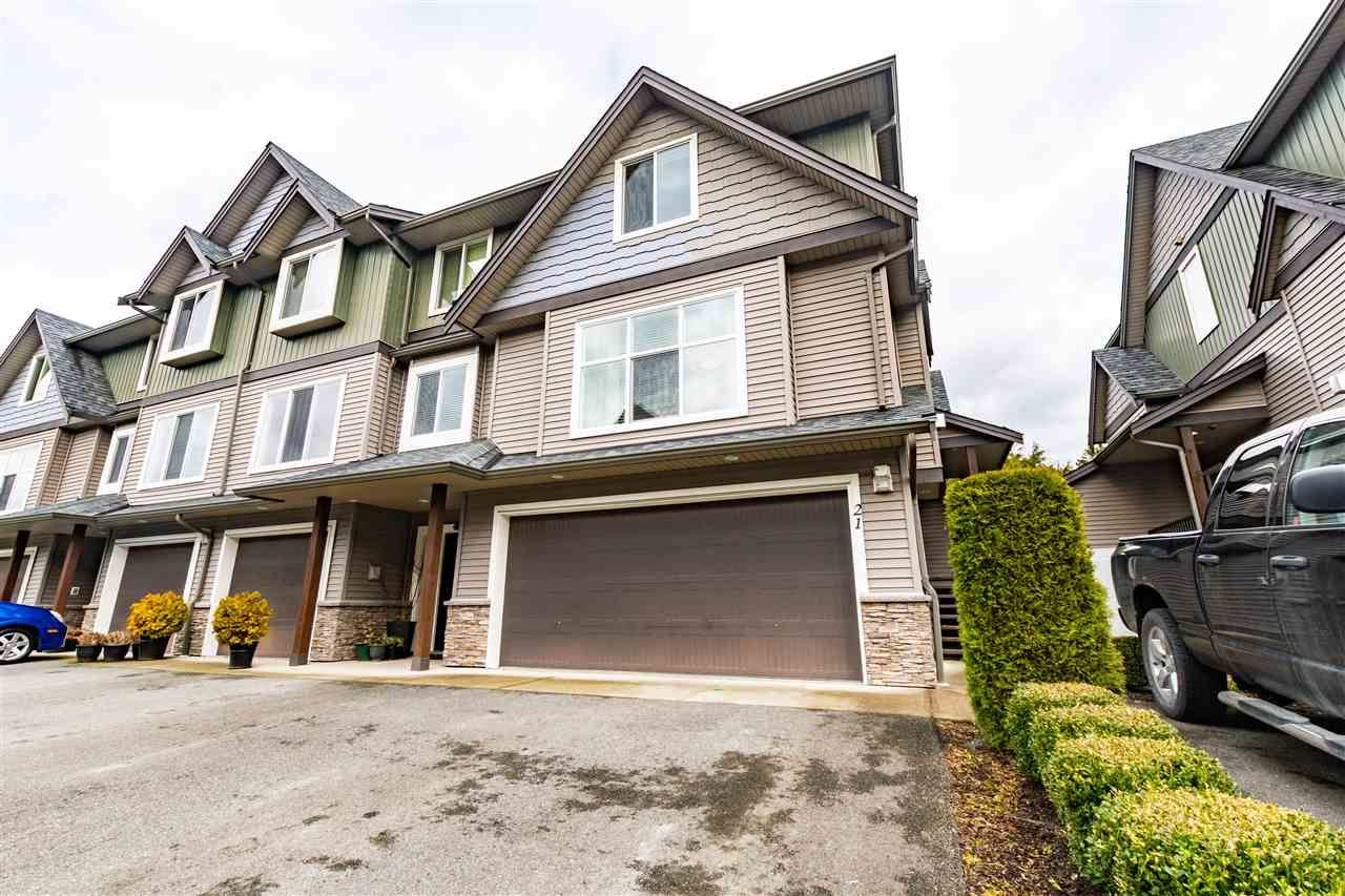 Main Photo: 21 1609 AGASSIZ-ROSEDALE NO 9 Highway: Townhouse for sale in Agassiz: MLS®# R2545826