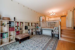 """Photo 15: 4 3405 PLATEAU Boulevard in Coquitlam: Westwood Plateau Townhouse for sale in """"Pinnacle Ridge"""" : MLS®# R2603190"""