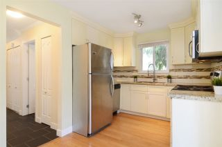 """Photo 9: 2 2986 COAST MERIDIAN Road in Port Coquitlam: Birchland Manor Townhouse for sale in """"MERIDIAN GARDENS"""" : MLS®# R2171375"""