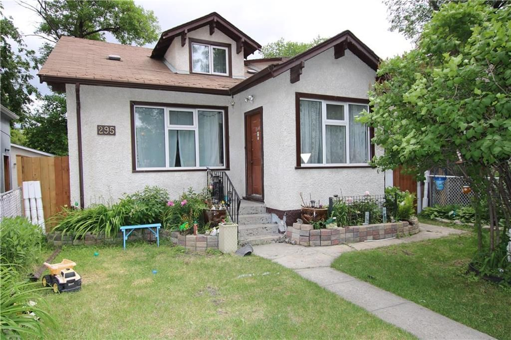 Main Photo: 295 Manitoba Avenue in Winnipeg: North End Residential for sale (4A)  : MLS®# 202115634