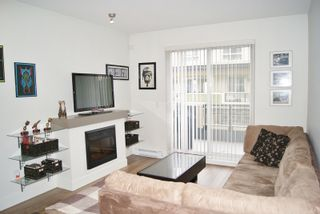 """Photo 9: 30 19477 72A Avenue in Surrey: Clayton Townhouse for sale in """"SUN at 72"""" (Cloverdale)  : MLS®# R2150537"""