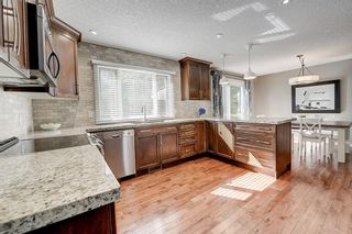 Photo 6: 2956 LATHOM Crescent SW in Calgary: Lakeview Detached for sale : MLS®# C4263838