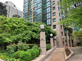 Photo 3: 603 1367 ALBERNI Street in Vancouver: West End VW Condo for sale (Vancouver West)  : MLS®# R2589112