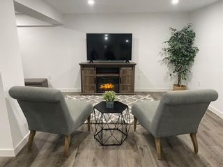 Photo 29: 572 Borebank Street in Winnipeg: River Heights Residential for sale (1D)  : MLS®# 202103236