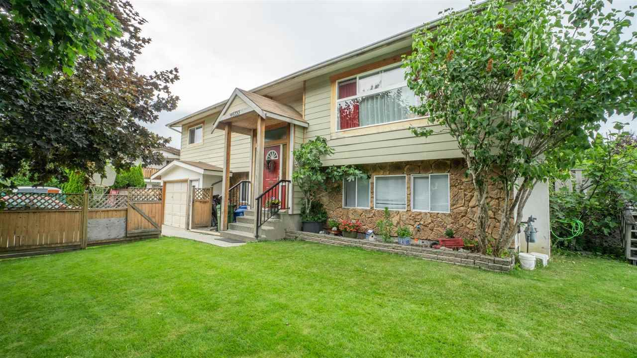 Main Photo: 46353 ANGELA Avenue in Chilliwack: Chilliwack E Young-Yale House for sale : MLS®# R2590210