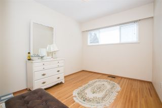 Photo 10: 1739 DANSEY Avenue in Coquitlam: Central Coquitlam House for sale : MLS®# R2100679