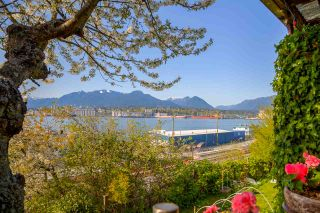 Photo 1: 2341 WALL Street in Vancouver: Hastings House for sale (Vancouver East)  : MLS®# R2262630