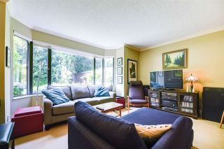 """Photo 2: 205 1950 ROBSON Street in Vancouver: West End VW Condo for sale in """"CHATSWORTH"""" (Vancouver West)  : MLS®# R2198694"""