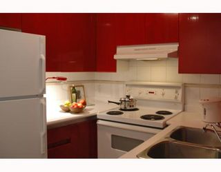 """Photo 6: 989 NELSON Street in Vancouver: Downtown VW Condo for sale in """"THE ELECTRA"""" (Vancouver West)  : MLS®# V639225"""