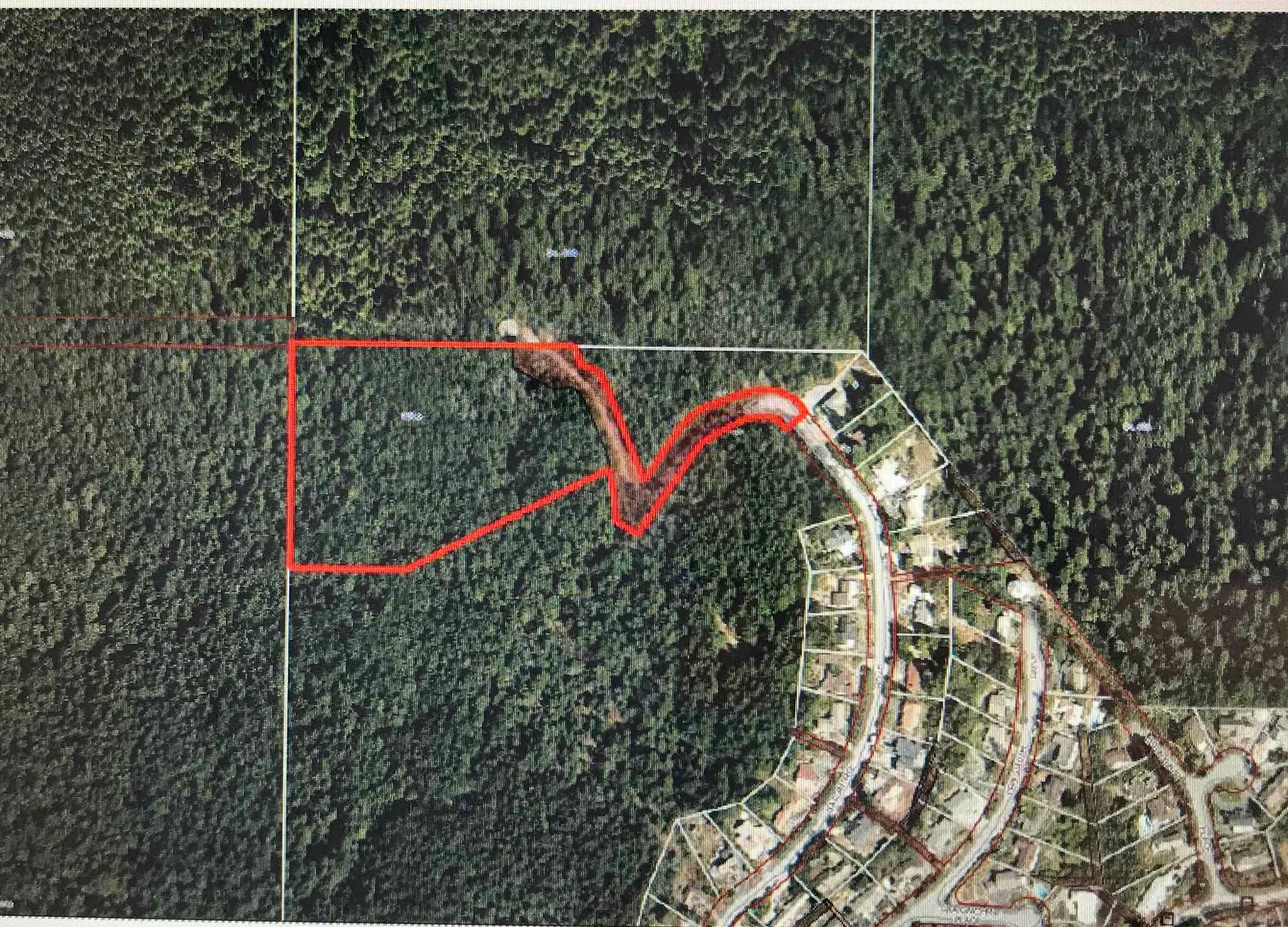 Main Photo: 701 BALLANTREE Road in West Vancouver: Glenmore Land Commercial for sale : MLS®# C8040203