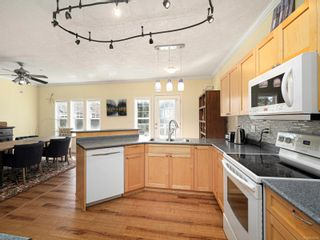 Photo 8: 15 315 Six Mile Rd in : VR Six Mile Row/Townhouse for sale (View Royal)  : MLS®# 872809