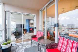 """Photo 7: 1606 1065 QUAYSIDE Drive in New Westminster: Quay Condo for sale in """"Quayside Tower II"""" : MLS®# R2539585"""