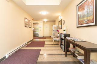 Photo 4: 406 4394 West Saanich Rd in : SW Royal Oak Condo for sale (Saanich West)  : MLS®# 884180