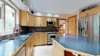 Photo 6: 1631 MACDONALD Place in Squamish: Brackendale House for sale : MLS®# R2356396